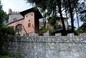 Il dietro del castello