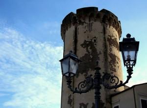 La torre del Castello di Mola