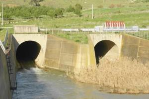 Sbocco della diga di Mazzarino