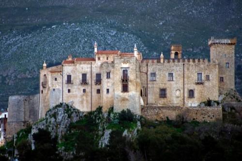 Carini - Il castello della Baronessa