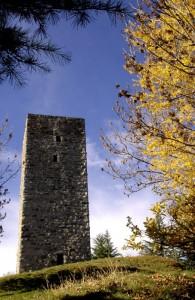 """La torre de """"Li beli miri"""" a Teglio"""