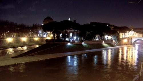 Roma - Isola Tiberina di notte