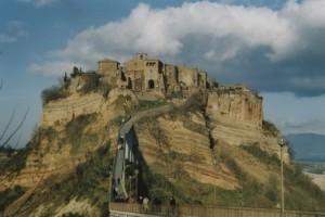 Civita, la città che muore