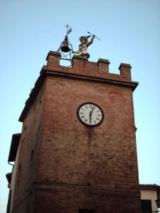 Torre dell'Orologio con Pulcinella