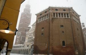 neve in piazza del Comune