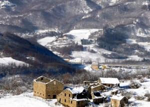 il paese fantasma…borgo nella Val Manubiola