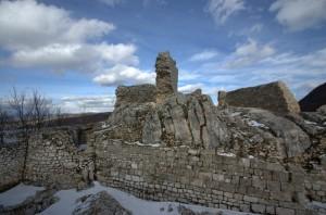 Il castello di Rovere, ultimo avamposto dei Marsi