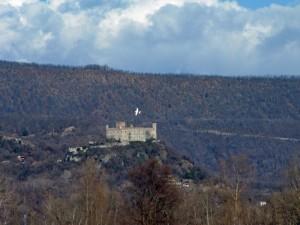 nuvoloni e modellismo sul castello