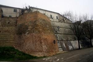 Le mura di San Vito sul Cesano 1