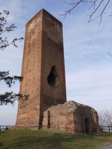 San Salvatore Monferrato - torre paleologa.....