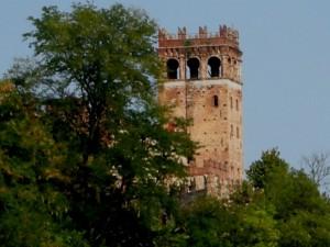 la torre del castello di Camino