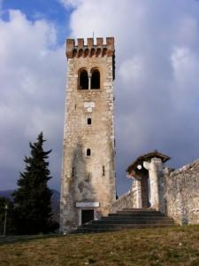 La Torre Campanaria del Castello di Caneva con  simboli della Serenissima