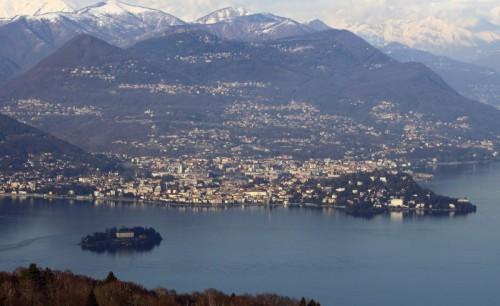 Verbania - Verbania e Isola Madre vista da Alpino