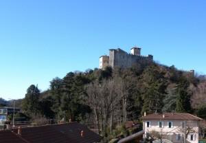 Vista sulla Rocca di Angera