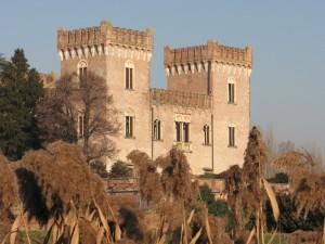 Castello di Bevilacqua d'inverno