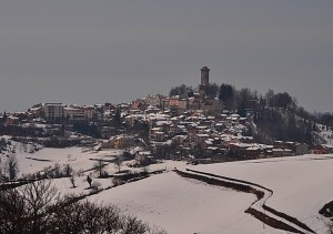 Murazzano: il sentiero nella neve