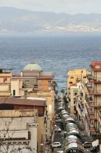 Panorama delle scale mobili e di Reggio