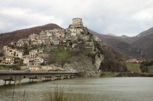Castel di Tora, panorama