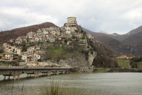 Castel di Tora - Castel di Tora, panorama
