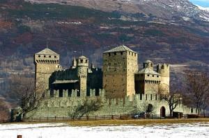 fenis….e con il suo castello