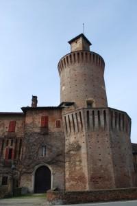 Castello caratteristica torre circolare