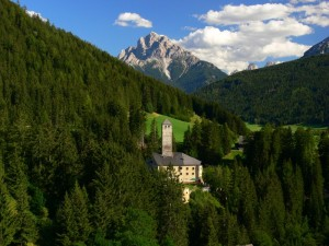 Il castello di Monguelfo