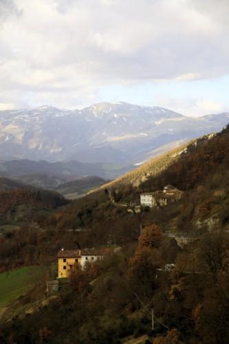 Scheggia e Pascelupo - Poco dopo Buotano (località Scheggia) 1