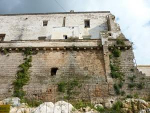 Il Castello di Neviano, crollato ma in recupero e restauro