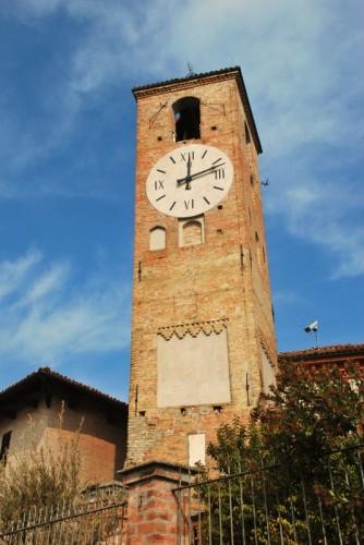 Neive - La torre dell'orologio