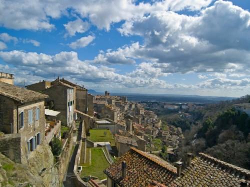 Caprarola - veduta del borgo dall'alto