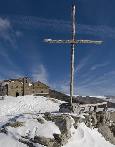 Castiglione di Garfagnana - Omaggio all'eremita che ospitava i viandanti delle vie Bibulca e Vandelli