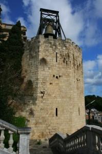 La torre con la campana