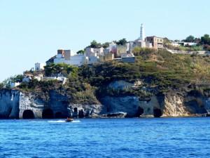Verso il porto dell'isola di Ponza.