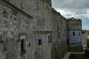 un nome importante per un bel castello: Castel Dentice di Frasso