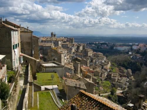 Caprarola - Il paese visto dall'alto - n.2