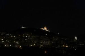 Panorama Notturno di Assisi