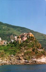 Corniglia,alta sul mare ricorda i borghi dell'entroterra ligure