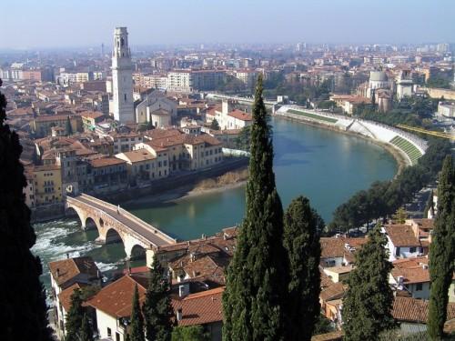 Verona - Verona, l'Adige e Ponte Pietra.
