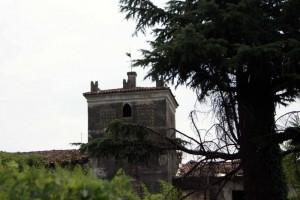 """Castello nascosto a """"Rodengo Saiano"""""""