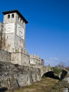 """Colloredo di Montalbano: il castello """"terremotato"""""""