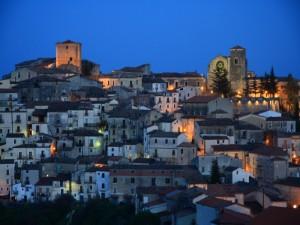 Panorama notturno di Altomonte