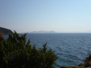 Buca delle fate e Isola d'Elba all'orrizzonte!