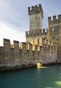 Pennellata di luce sul castello