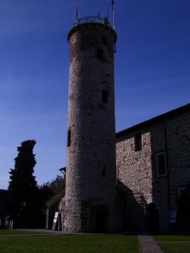 Brescia - torre mirabella e museo delle armi