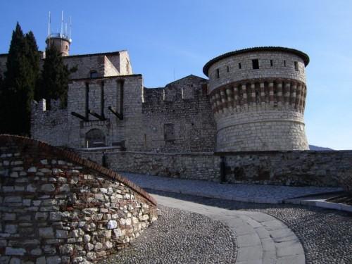 Brescia - torre dei prigionieri e ponte levatoio