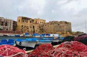 barche da pesca…….all'ombra del castello