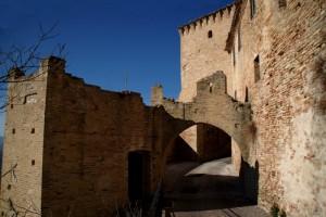 Monterubbiano Mura sforzesche