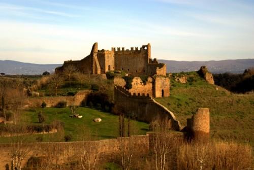 Tuscania - Castello del RIvellino