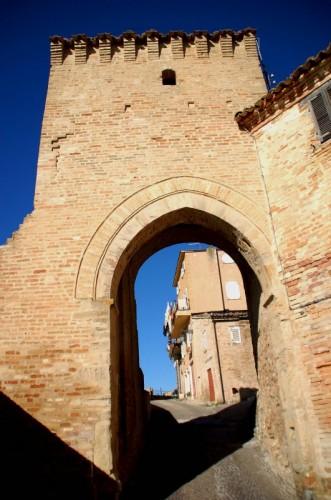 Monterubbiano - Monterubbiano ingresso alla citta'