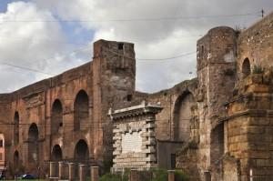 Le mura Aureliane a via Eleniana